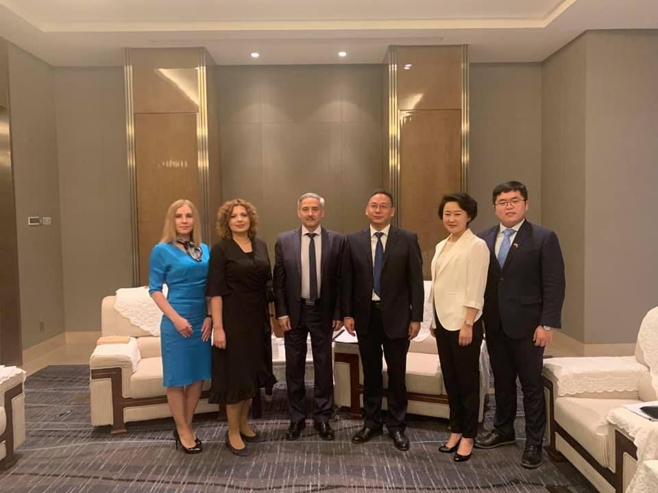 Встреча мэра города и первого секретаря КПК