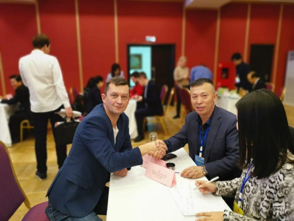 В2В встречи с представителями бизнеса провинции Хубей